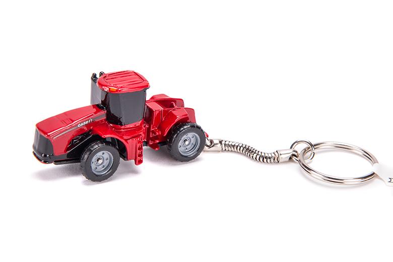 CASE IH 4-WHEEL DRIVE TRACTOR KEYCHAIN