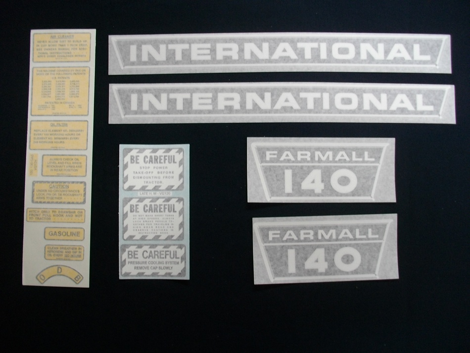 Decal Set Farmall 140